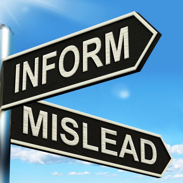 Vejskilt med pile mod Information og Mislead